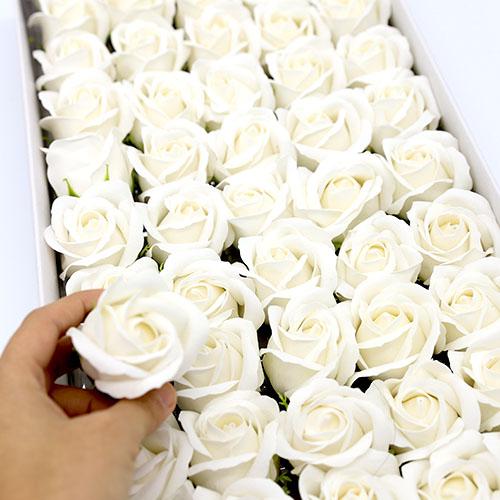 화이트 비누장미 50송이 한박스 꽃대미포함